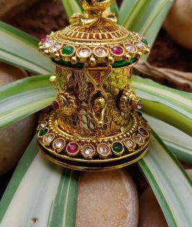 1gm gold sindhoor box with green and red