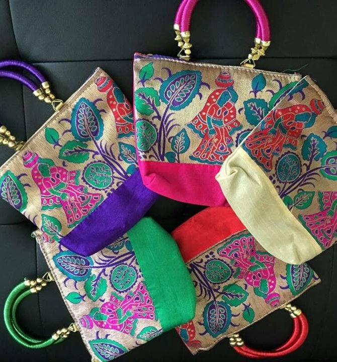 Beautiful handbag with Traditional Art Pictures