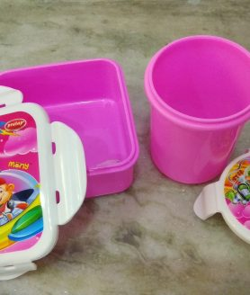 Microwave safe kids lunch box with tumbler set